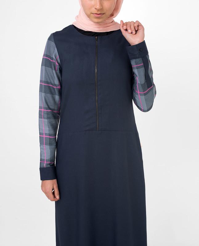 Feminine Checked Blue Jilbab