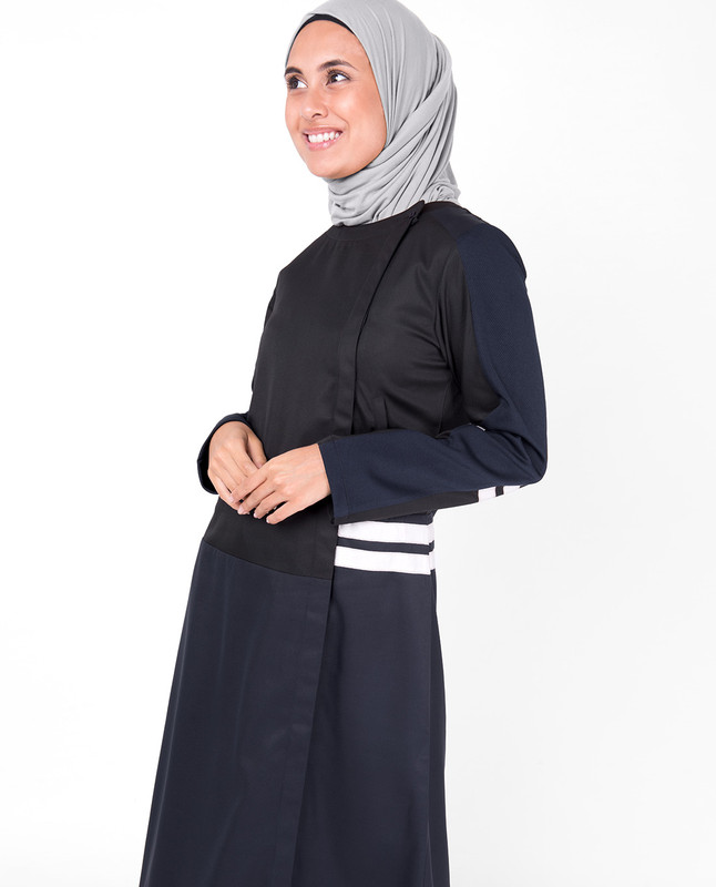 Blue and Black Concealed Open Jilbab