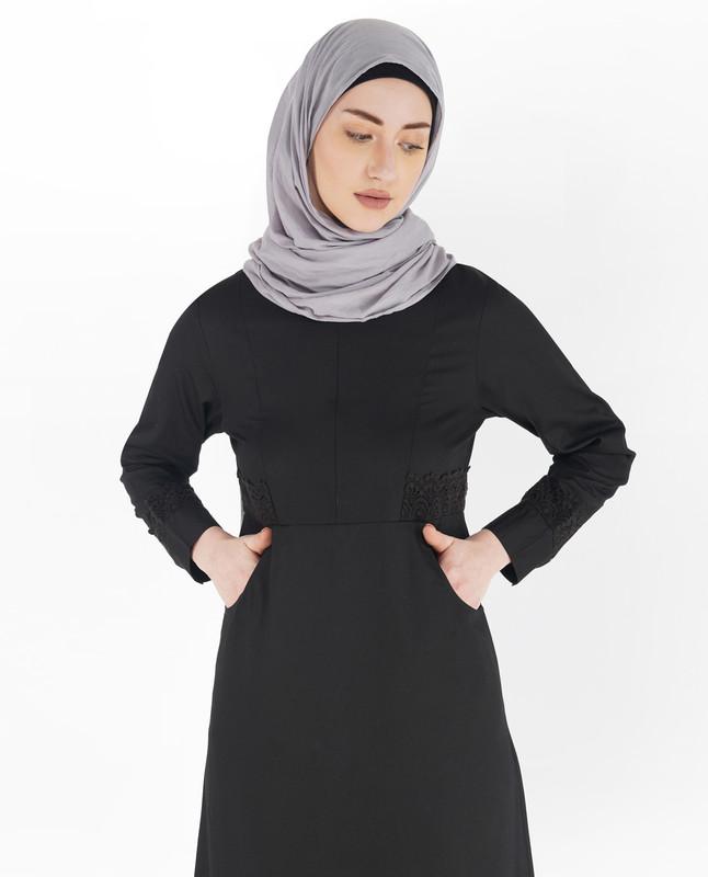 Midnight Black Laced Edge Abaya