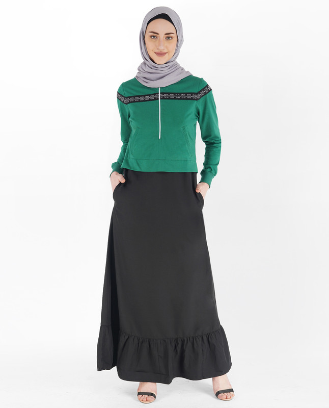 Black and Verdant Green Gathered Abaya