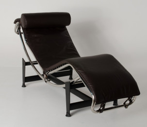 Replica Le Corbusier lounge LC4 with brown Italian leather