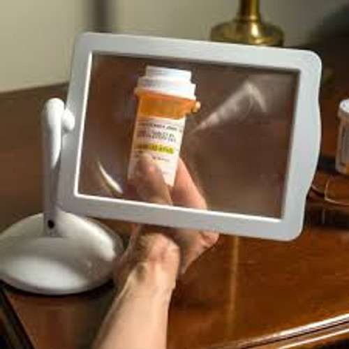3X Lighted Rotating Stand Magnifier BB53379