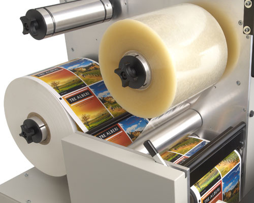 Unwinder & lamination on Primera FX1200 label finishing system