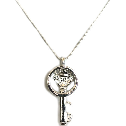 925 Sterling Silver Key and Ring Pendant