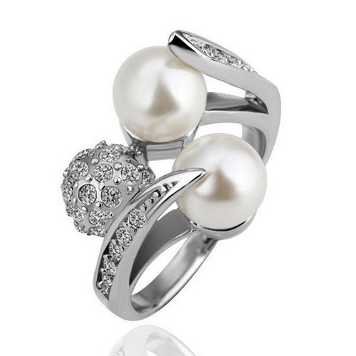 White-gold Plated 'Trio' Fashion Ring