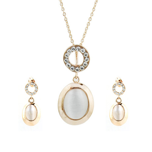 18K Gold Plated Stylish Crystal hinged Champagne Pendant Necklace and Earring Jewelry Set