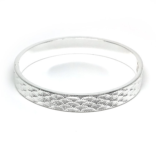 925 Sterling Silver Etched Scales Hinge Bangle