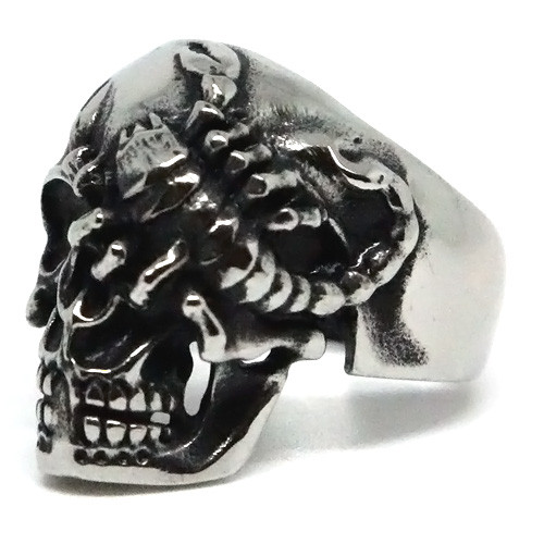 Scorpion Eye Skull Stainless Steel Ring
