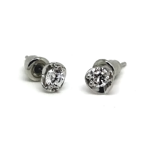 925 Sterling Silver Stud Earrings with centered CZ Stone and Heart Frame