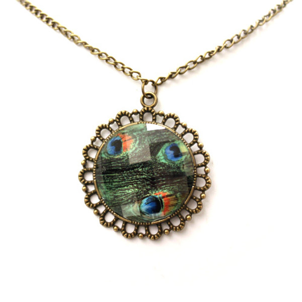 Fashion Antique Peacock Feather Pendant Sweater Necklace