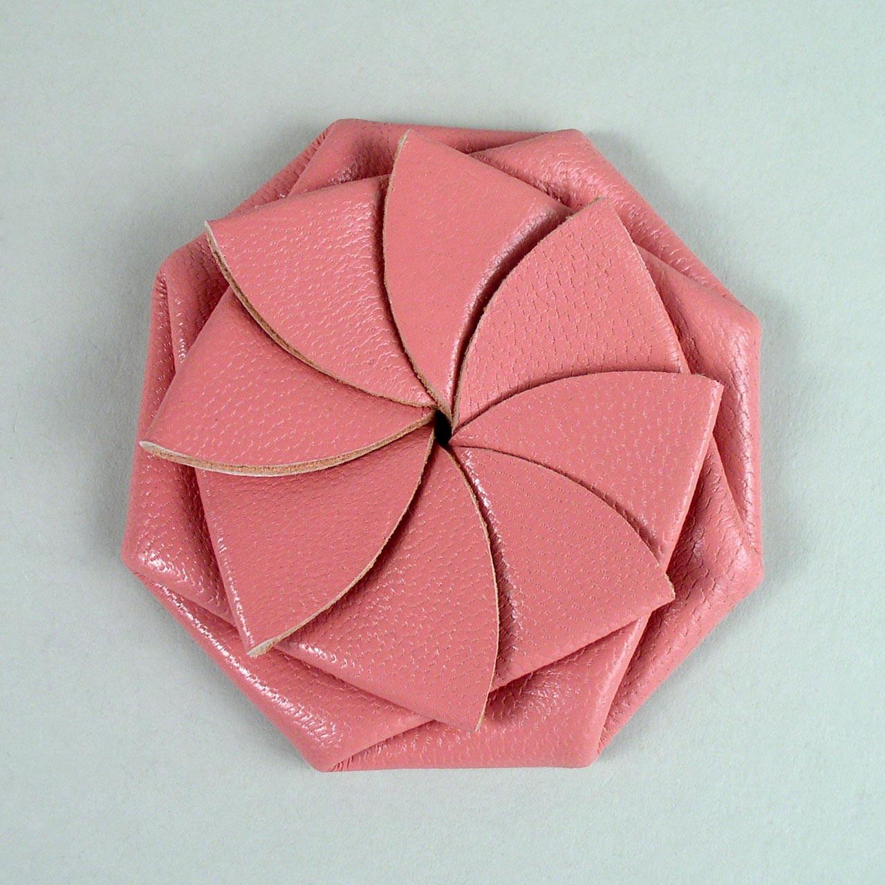 Manchuen Hui 許文泉 - Origami Coin Purse Slims Your Pocket. | 1280x1280