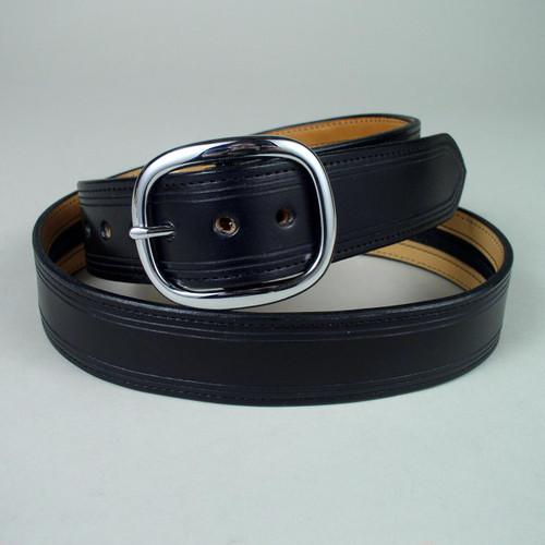 Full grain cowhide on top and bottom of this long zipper money belt.