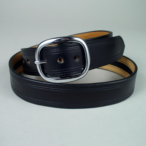 Full grain cowhide on top and bottom of this long zipper money belt.