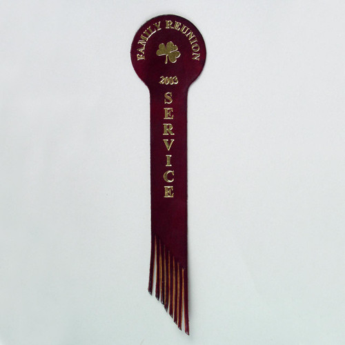 Rounded leather bookmark with fringes for a nice finished touch for the imprint of your memorable event.