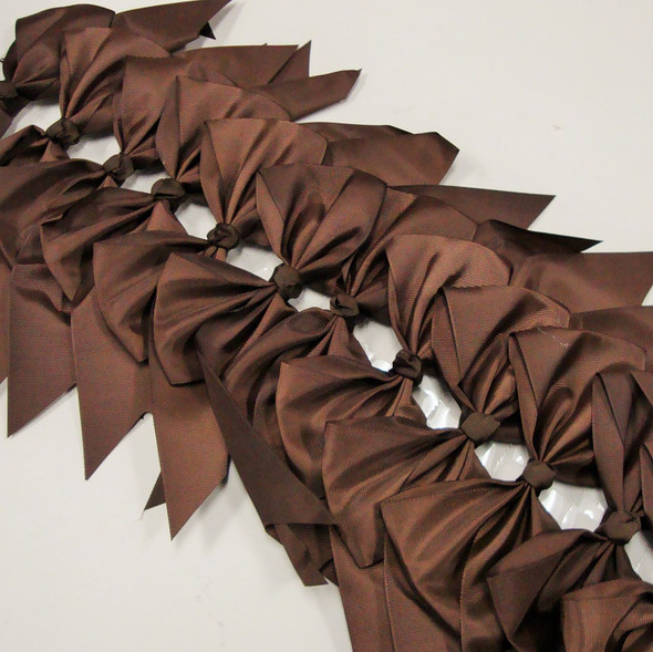 """6"""" X 8"""" Cheerleader Tail Bows on Gator Clip All Brown .54 ea"""