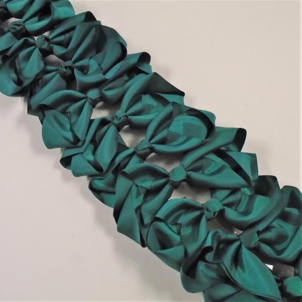 "5.5""  Hunter Green Color School Color Gator Clip Bows .45 each"