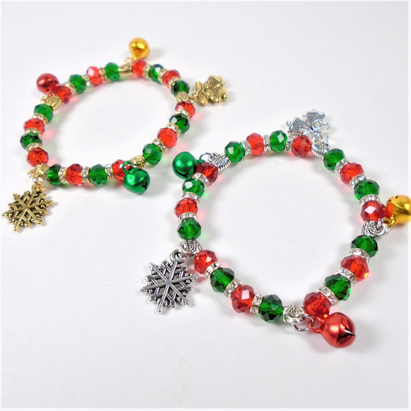 Red & Green Crystal Beaded Christmas Bracelet w/ Jingle Bells & Charms .56 ea