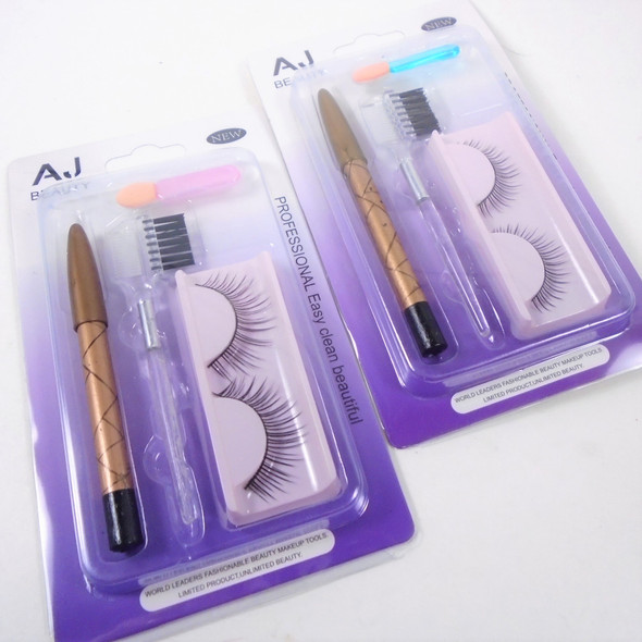Carded Beauty Gift Set Eyelashes,Lip Pencil & Applicators .58 per set