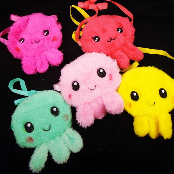 "4.5"" X 5.5"" Faux Fur Octopus Zipper Bag w/ Strap  .62 each"