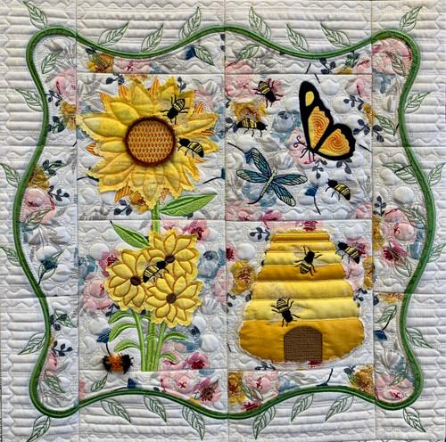 Wholesale: Honeybee Quilt Section - Digital Download