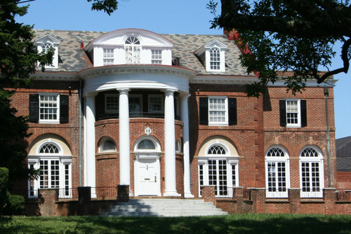 large brick fraternity house
