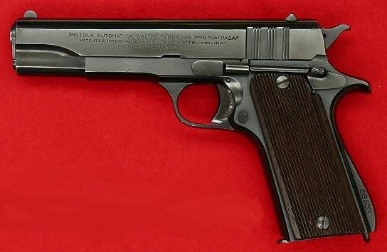 737-pistol-bellester-molina.jpg