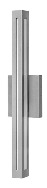Hinkley Outdoor Vue Collection Large Wall Mount Lantern in Titanium, 12314TT