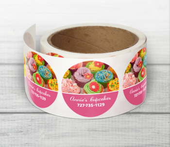 """Labels en Rollo 5"""" x 5"""" Diametro redondo Full Color . Perfecto para pegar en cajas, plastico y sus productos personalizados. Material plastico resistente al agua y aceite."""