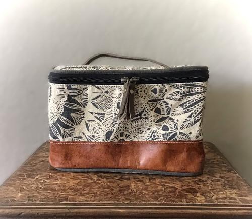 Flower Design Shaving Kit Bag