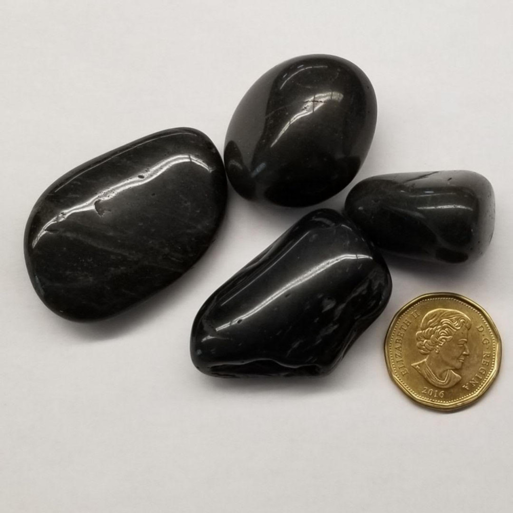 Black Polished Pebbles 20-30mm 18KG bag H.P