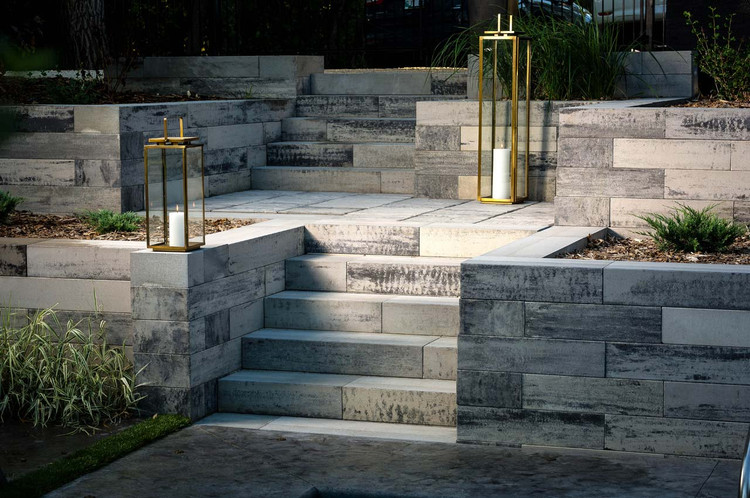 Architextures Retaining Wall
