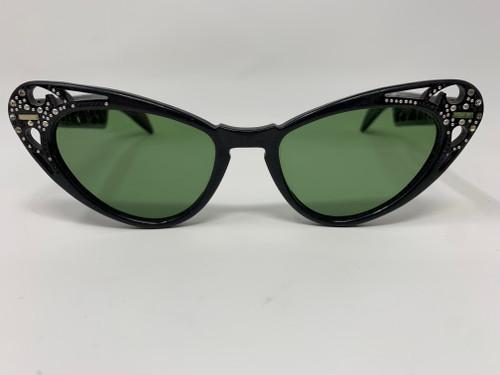 Vintage Cat Eye Sunglasses- So Audrey Hepburn!
