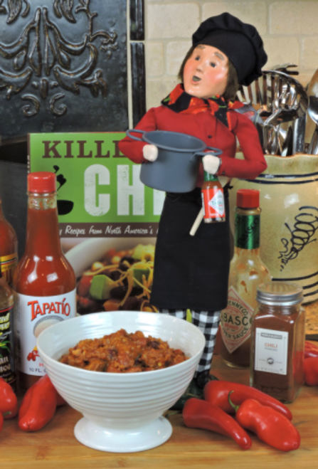 Byers Choice- The Chef With The Chili Pot*