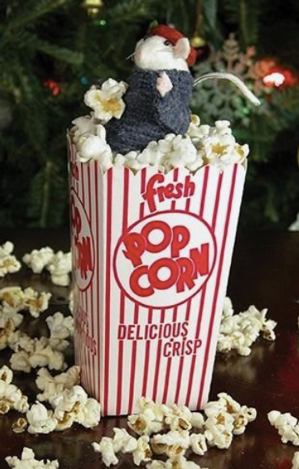 Byers Choice Mouse in Popcorn*