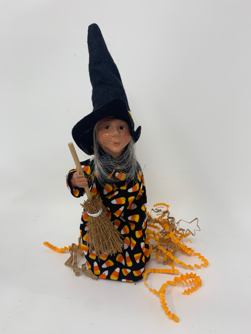 Byers Choice Kindlekin- A Little Witch Named Spell*