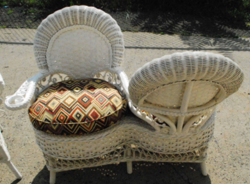 Tete a Tete- Wicker Conversation Seat