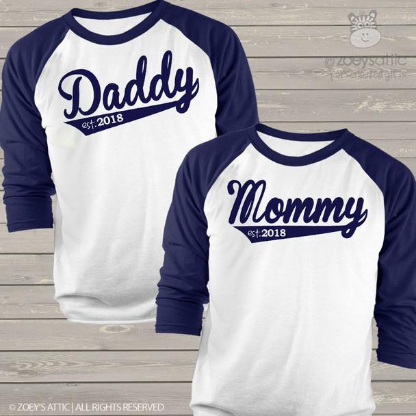 Daddy and mommy shirt set year established custom sporty raglan Tshirt gift set