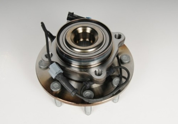 07.5-10 4WD GM FRONT HUB AND WHEEL BEARING ASSEMBLY