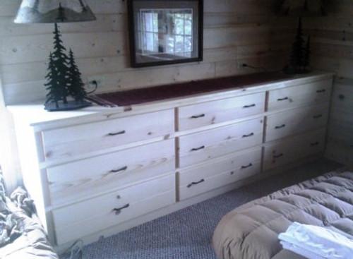 9' Dresser