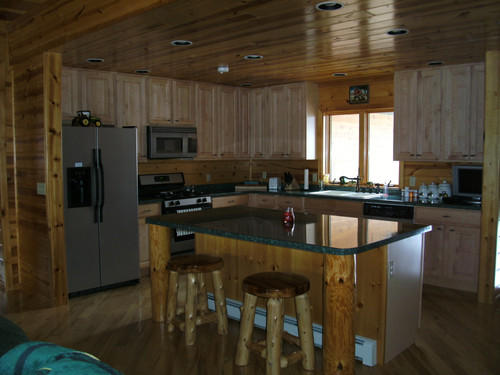 Country Maple Kitchen