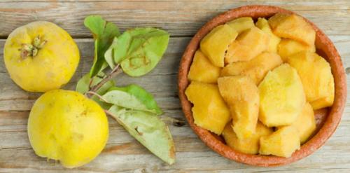 QUINCE, LOCAL ORGANIC - 3 fruit