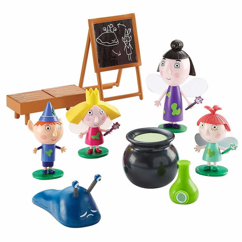 Ben & Holly Magic Classroom 05734