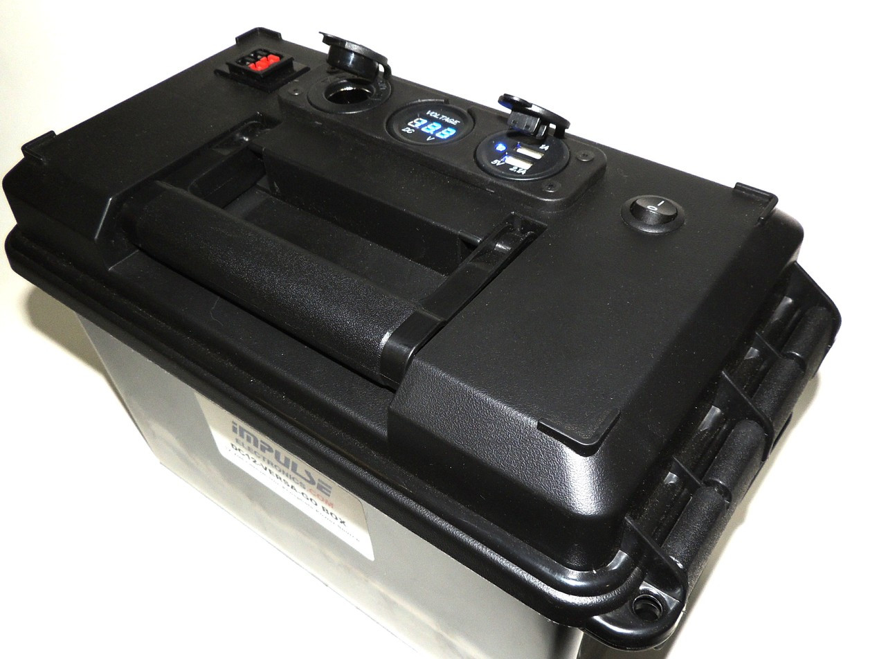DC12 VERSA GO-BOX for LiFePO4 or AGM Battery and Charger