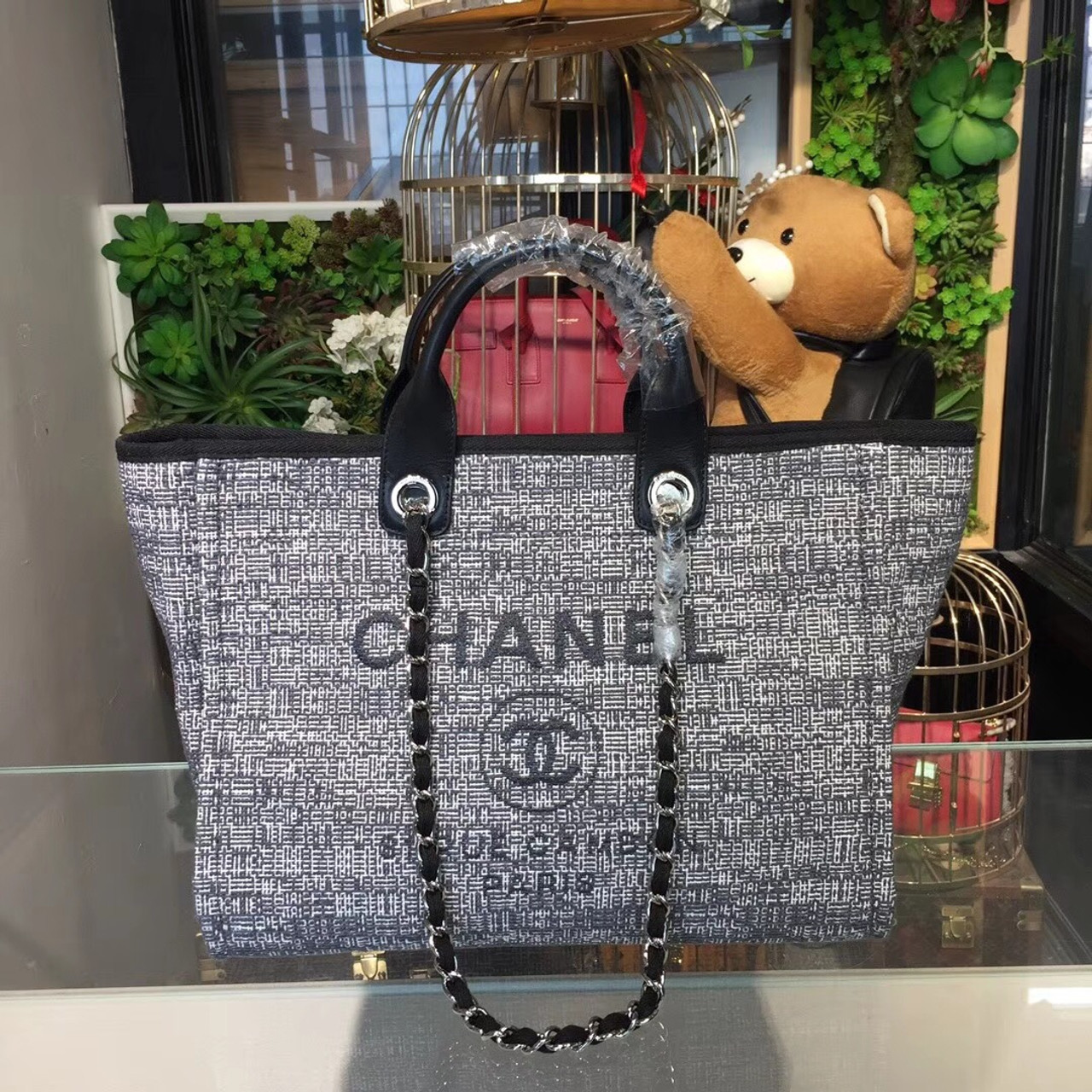 a88a109f0f51 Deauville Tote 40cm Tweed Bag Cruise 2018 Collection