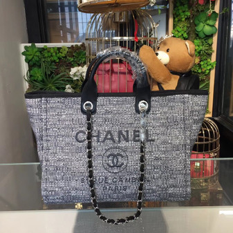 Deauville Tote 40cm Tweed Bag Cruise 2018 Collection, Black White