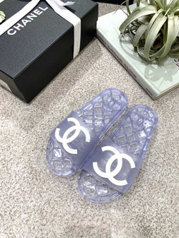 Chanel Glossy Transparent CC Logo PVC Pool Mules/Slides Spring/Summer 2019 Collection, Clear