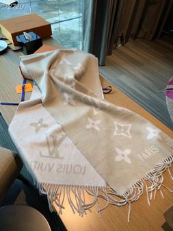 Louis Vuitton Reykjavik Cashmere Shawl Scarf 190cm Fall/Winter 2020 Collection,  Light Grey/White