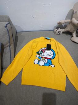 Gucci x Doraemon Women's Wool Sweater Fall/Winter 2020 Collection, Yellow