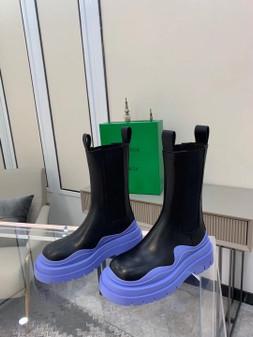 Bottega Veneta Chunky Sole Tire Boots Calfskin Leather Spring/Summer 2021 Collection, Black/Lavender