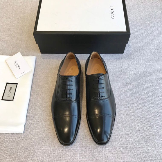 Gucci Lace Up Mens Dress Shoes Calfskin Leather Spring/Summer 2020 Collection, Black